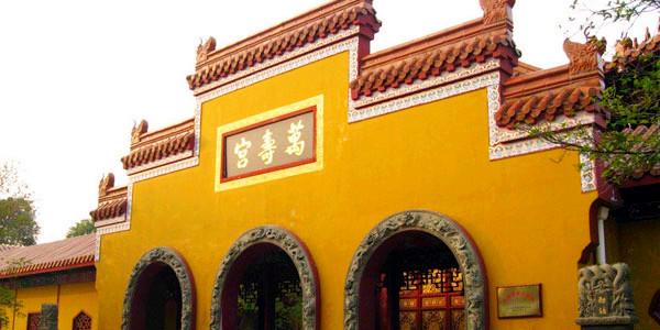 南昌火车站时刻表 南昌列车时刻表 南昌有几个火车站 同程高清图片
