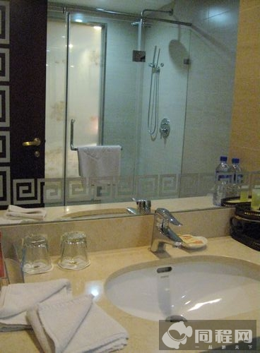 北京天安瑞嘉酒店_北京天安瑞嘉酒店商务双床房会员特惠团购
